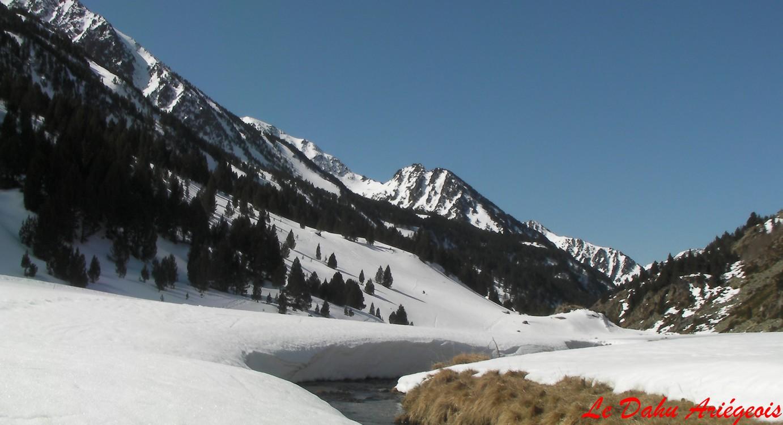 Vallée de Bésines Raquettes neige Hiver