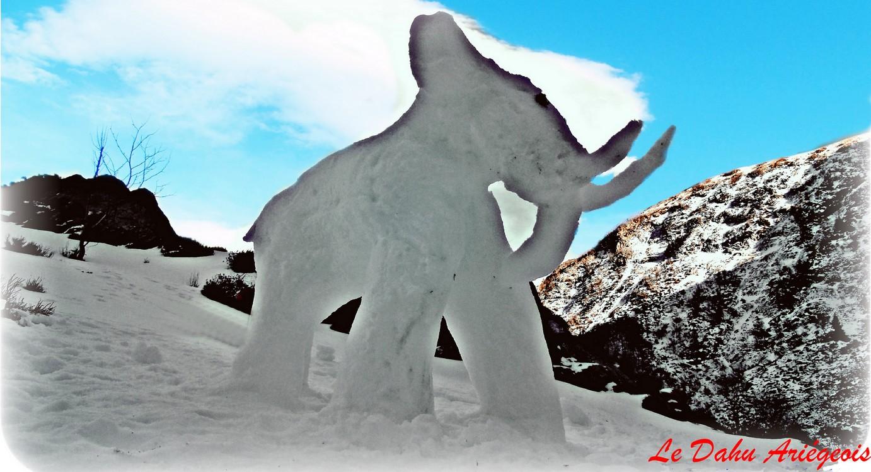 sculpture sur glace Ariège Pyrénées Mamouth 2