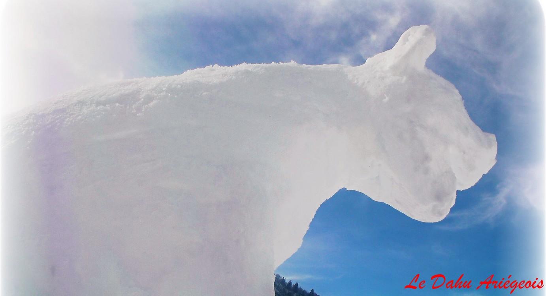 sculpture sur glace Ariège Pyrénées Ours